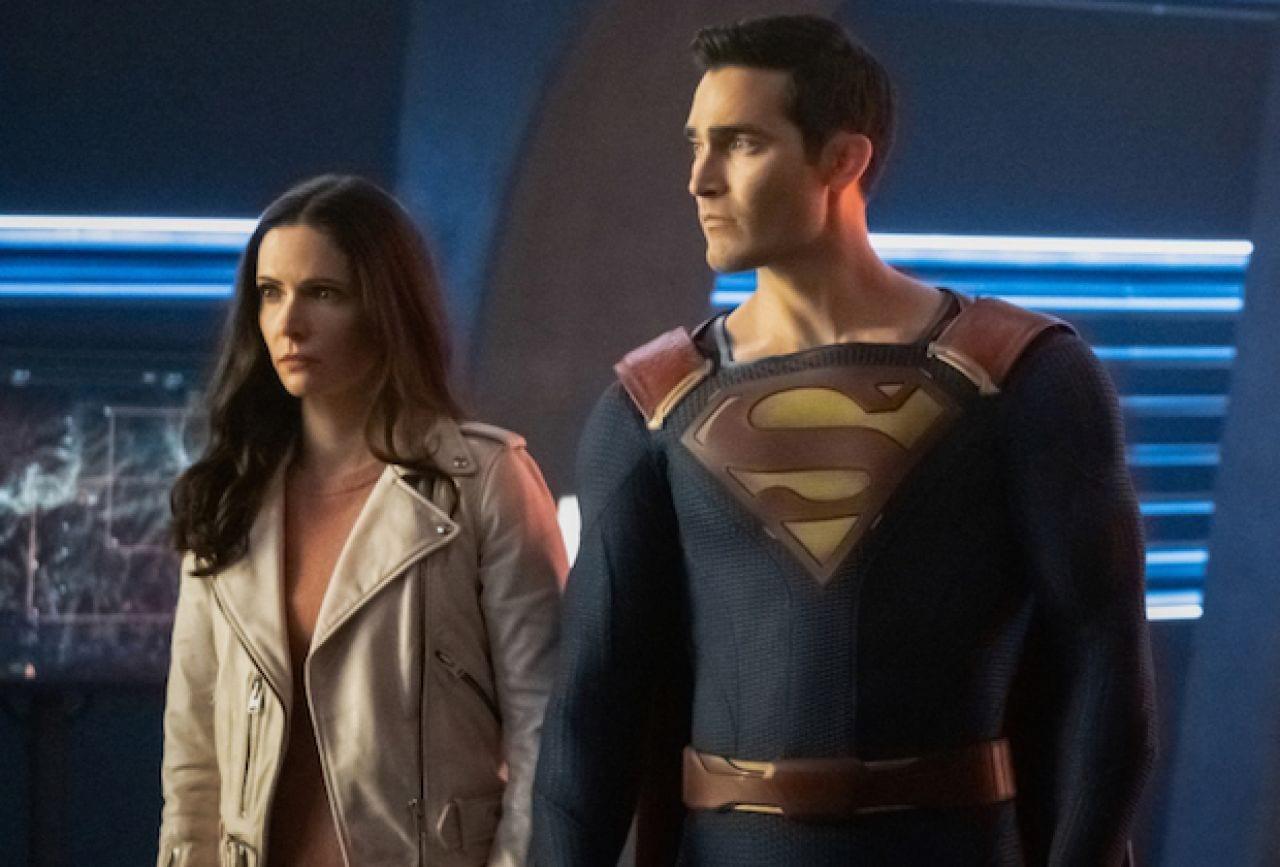 CW Arrowverse Trailer