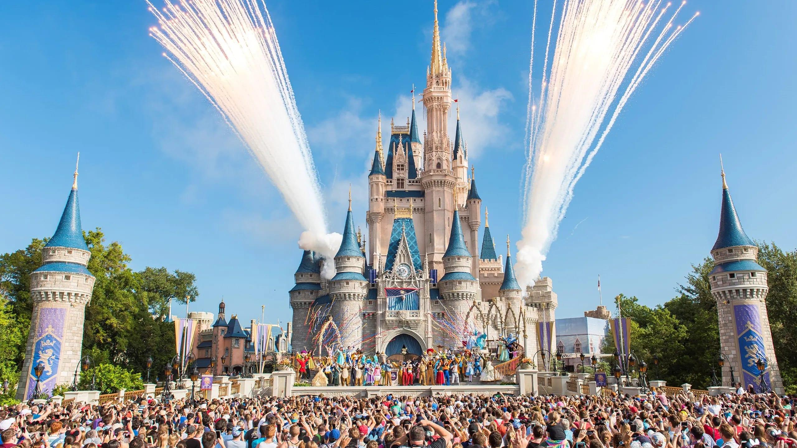 Disney World, Disney, masks, theme parks