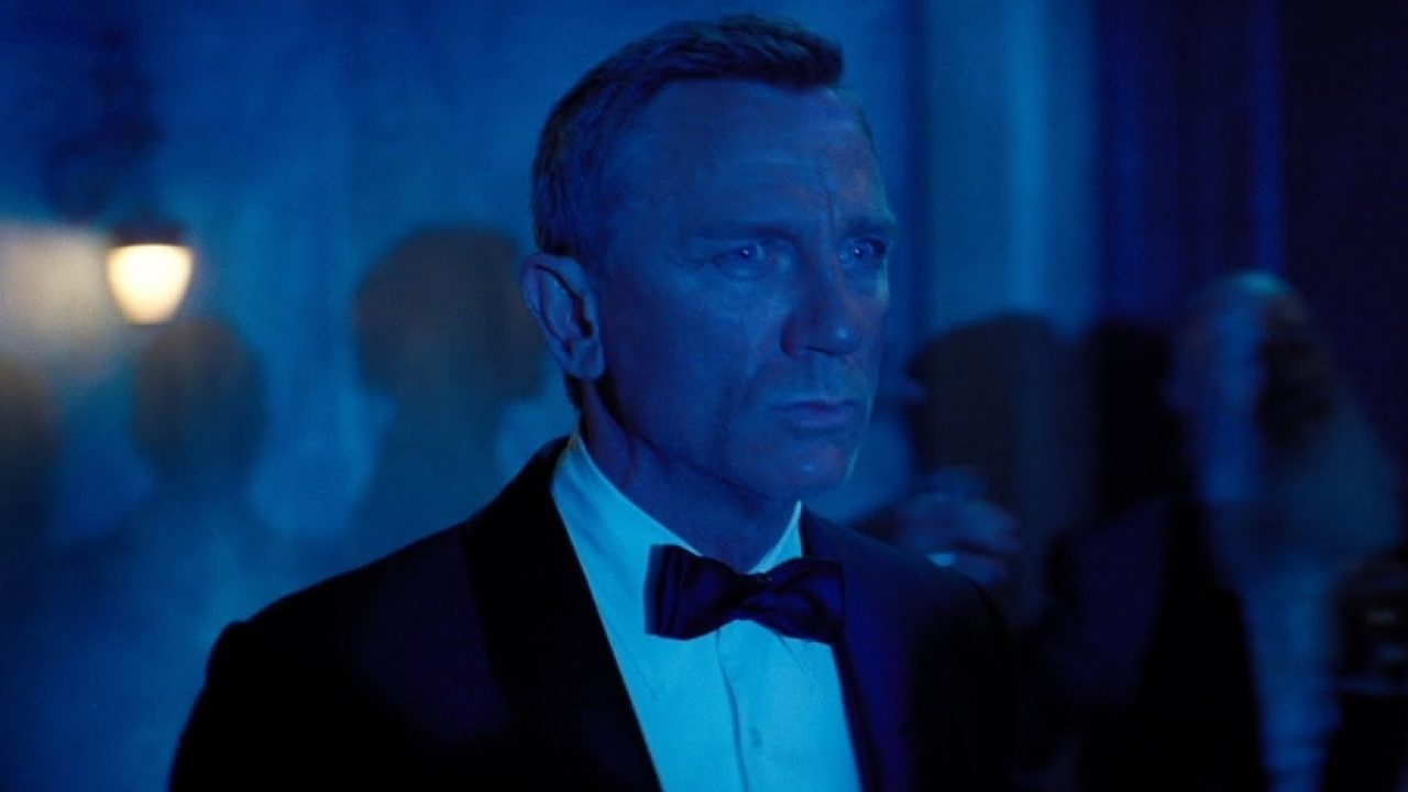 Daniel Craig Female James Bond