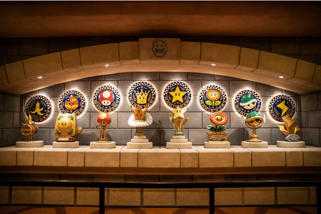 super-nintendo-world-japan-mario-kart-trophies